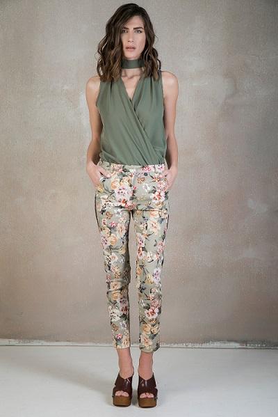 fc2d7a809729 Floral παντελονι με ριγα - The Fashion Lab